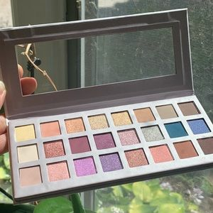 Ulta Beauty Limited Edition Eyeshadow Pallette NEW